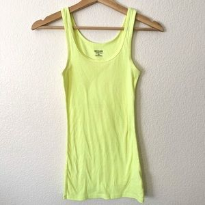 🛍mossimo neon yellow tank top-M